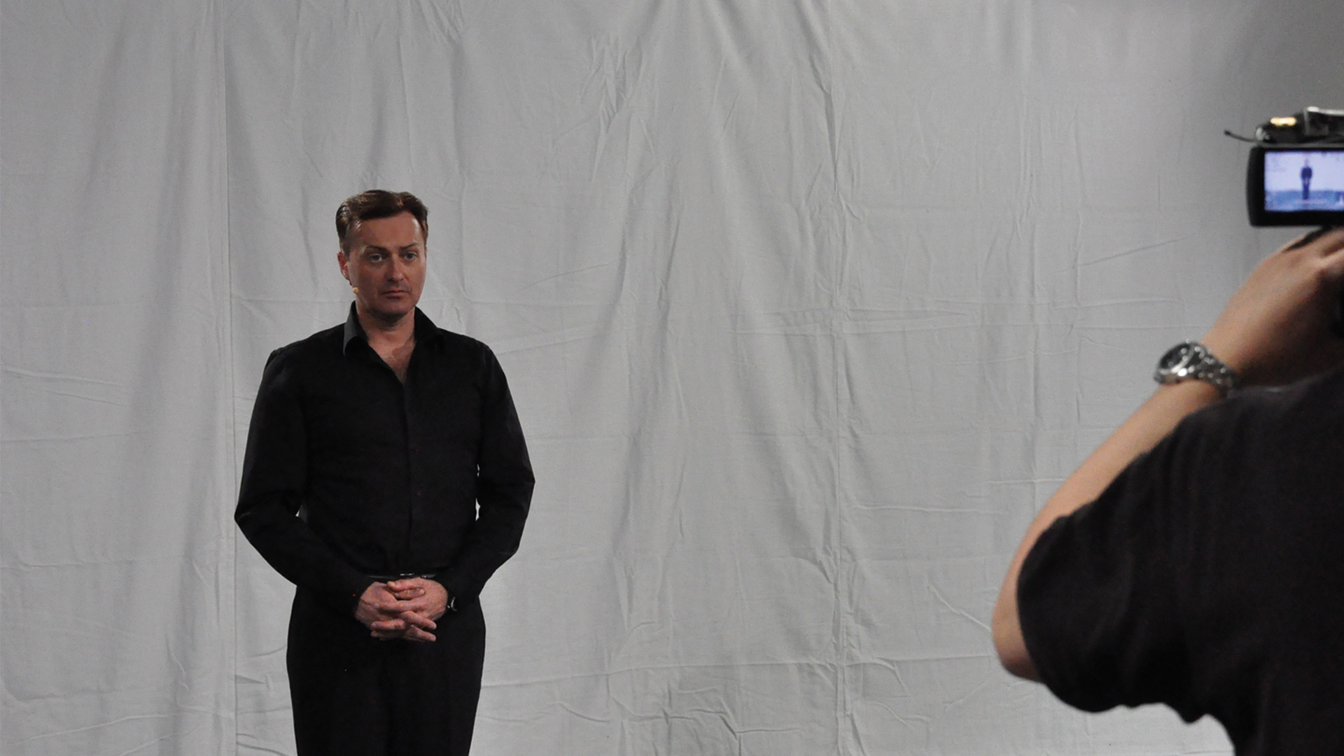 InTraining inspening av video Tony Irving (Photo: MusicPartner)
